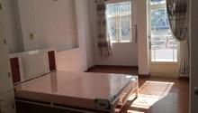 Chính chủ cho thuê phòng phố Đỗ Quang, phòng đẹp, đầy đủ nội thất