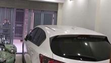 CC bán nhà ngõ 1 Võ Chí Công, Cầu Giấy 39m2x5T, mặt tiền 4,6m có gara ô tô trong nhà 5,35 tỷ
