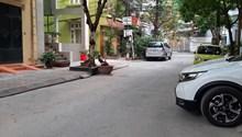 Bán nhà cấp 4 ngõ oto tránh, vỉa hè rộng 3m phố Đào Tấn: 70m2, mt 6.1m, giá 14 tỷ
