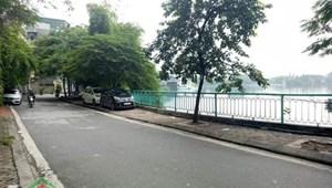 Cho thuê nhà 100m2 với 8 tầng Yên Hoa, view hồ