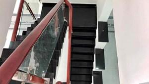 Nhà đẹp trung tâm đường Hoàng Hoa Thám, Bình Thạnh 4 tầng