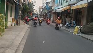 Cần bán nhà 239/10A Khuông Việt 65m2 giá chỉ 6 tỷ, hẻm như mặt tiền