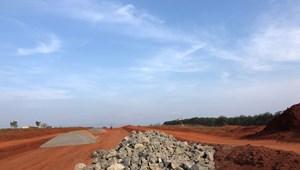 Bán Đất nền sổ đỏ trung tâm thị trấn Đăk Đoa giá chỉ 7 triệu/m2