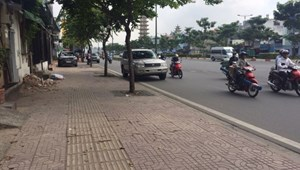 Nhà phân lô xây thô 5 tầng Phạm Văn Đồng, 69m2, bán gấp