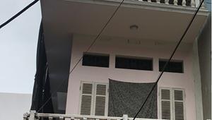 Bán nhà chính chủ 91 m2 phố Văn La kế bên khu đô thị, ô tô đỗ sân, giá hiếm 52 triệu/m2