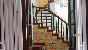 Cần bán nhà Thái Thịnh, nhà đẹp, sàn gỗ 35m2 bán nhanh