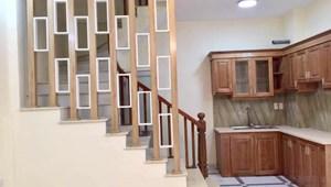 Long Biên nhà mới, giá rẻ, ô tô đỗ cổng, 5 tầng, 2,1 tỉ
