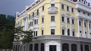 Bán căn Nhà phố cạnh quảng trường Hạ Long 13 ha,122 m2x5 tầng, 590m2 sd, giá tốt nhất, chiết khấu 3 tỷ