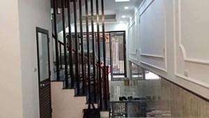 Chính chủ bán nhà Yên Hoà, Cầu Giấy 64 m2 x 5T mặt tiền 5m, có gara ô tô, ngõ thông lại gần phố, 8,5 tỷ