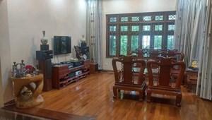 Biệt thự Nguyễn Văn Cừ 120m, 4 tâng, MT 10m, chỉ 11.5 tỷ