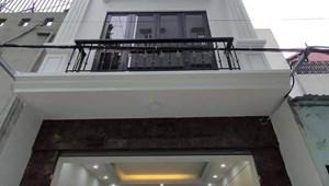 Nhà Phú Diễn, Thang máy, ô tô tránh và đỗ, 41 m2, giá 6 tỷ